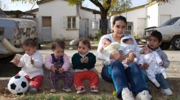 17 Year Old Mothered 7 Children, 3 Baby Daddies