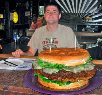 man_eats_giant_burger