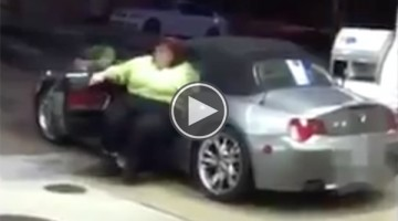 Watch What Happens When This Extremely Large Woman Tries To Get Out Of This Tiny Car