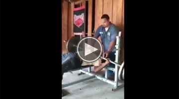 Watching This Over Confident Old Man Fail At Lifting Weights Is The Funniest Thing You'll See All Day